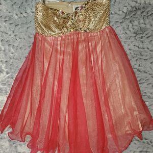 Short Formal/Prom Halter Dress
